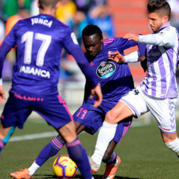 O Celta cae en Valladolid e saltan as alarmas