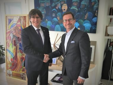 Yves-François Blanchet con Carles Puigdemont
