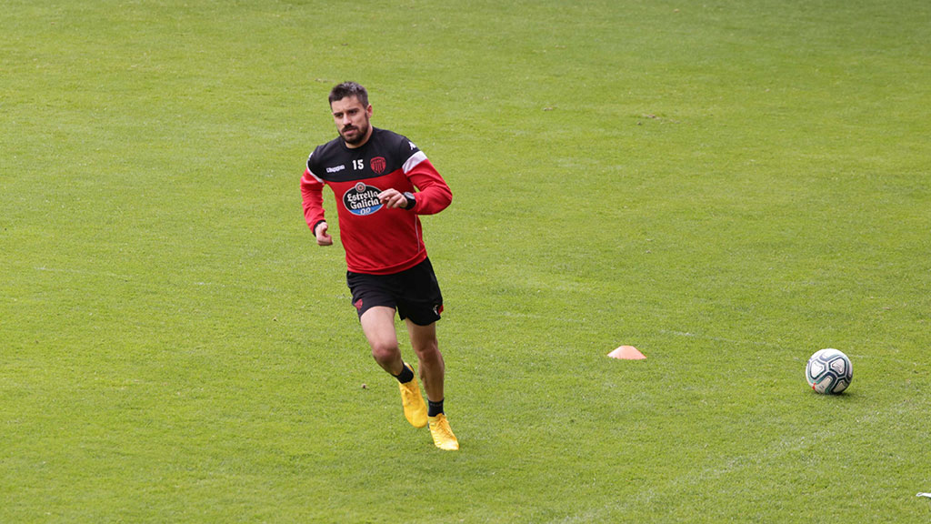 Roberto Canella, defensa do Club Deportivo Lugo (Foto: CD Lugo).