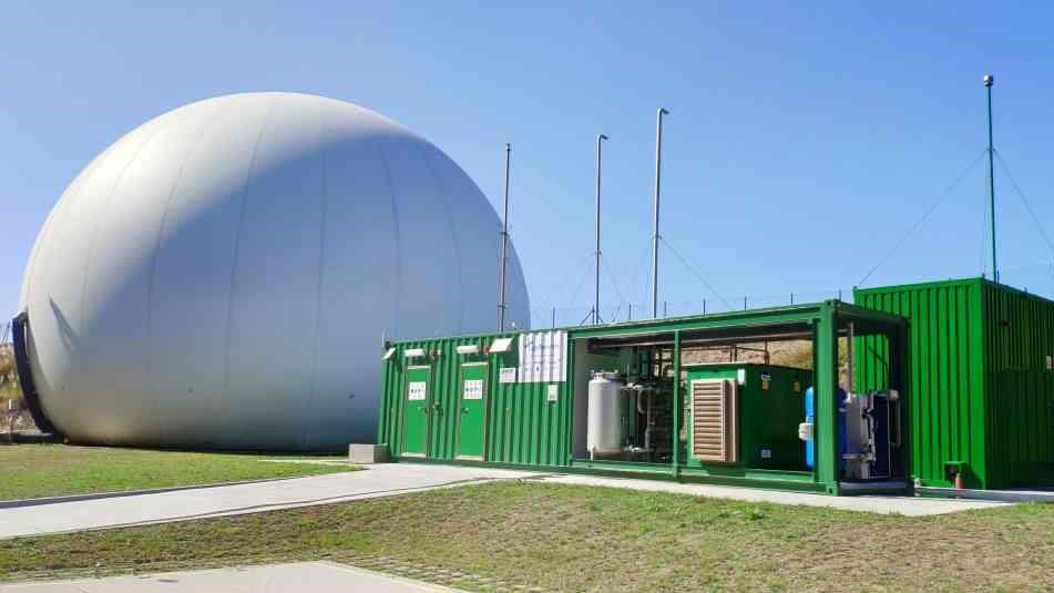 Estación experimental para a produción de enerxía renovábel a partir de lodos de depuradora na EDAR de Bens, na Coruña. (Foto: Naturgy)